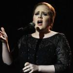 Adele cual modelo de Botero