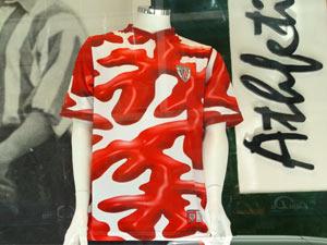Detalle de la camiseta de Darío Urzay. La foto es de aupaathletic.com.