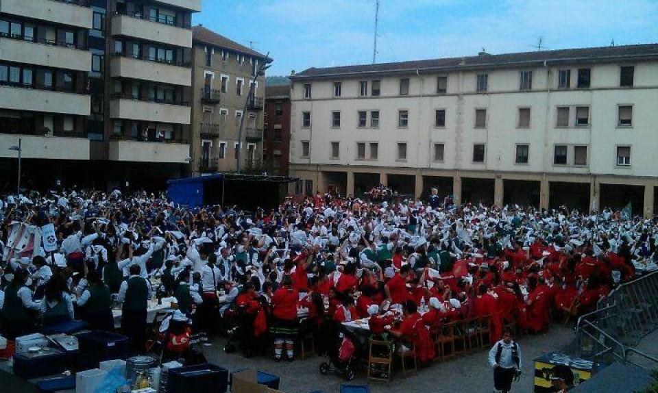 Comida de cuadrillas 2013. Foto: Lontzo Sainz