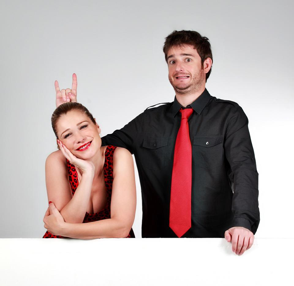 Carla Hidalgo y Gorka Otxoa son pareja en esta obra de teatro. Foto: Gaupasa Teatro