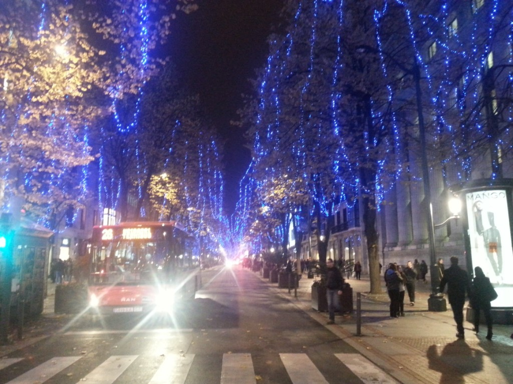 Luces de Navidad en la Gran vía de Bilbao