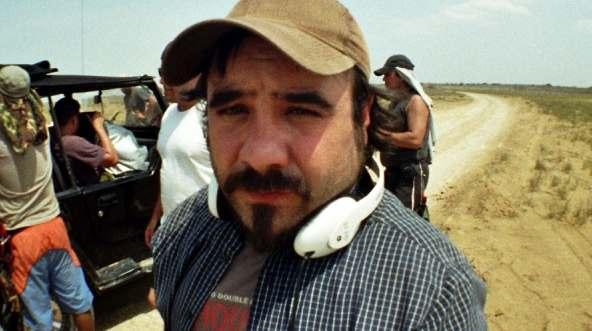 El director Koldo Serra, durante un rodaje