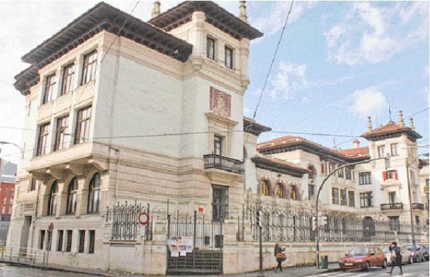 Vista general del Colegio Público Maestro García Rivero. Foto: http://www.bilbao.net.