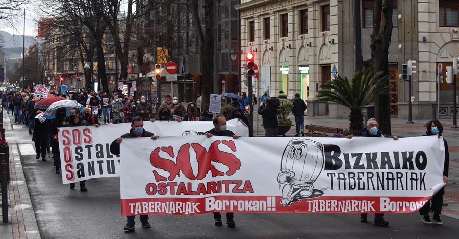 Hosteleros de Bilbao se manifiestan