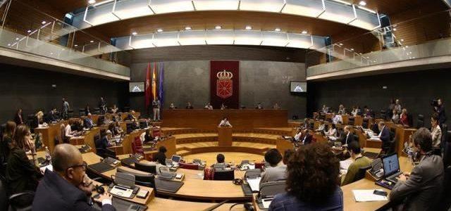 El Parlamento de Navarra rechaza las acciones violentas y amenazas a los cazadores