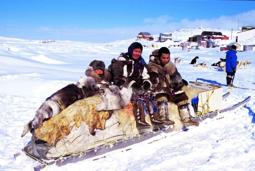 Los inuit son un ejemplo de la importancia del aprendizaje cultural para la adaptación a la vida en condiciones extremas