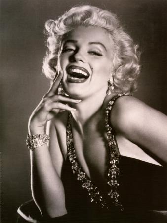 Studio_publicity_Marilyn_Monroe