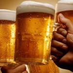 Expertos en salud dan 10 (saludables) razones para beber cerveza