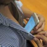 El iPhone 5S se desbloquea con… ¡el pezón!