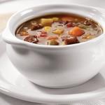 Denuncian a un restaurante por ofrecer 'sopa gitana con ingredientes robados'