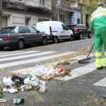 Amsterdam paga con cerveza a alcohólicos para que limpien sus calles