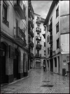Centro de la calle Iturribide por Julen Landa