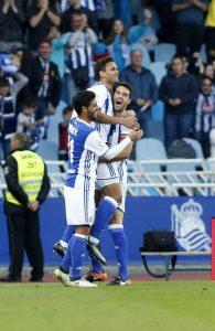Los jugadores de la Real celebran un gol. Imagen de archivo: EFE