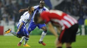 Desolación rojiblanca tras el gol de Quaresma (foto: UEFA)