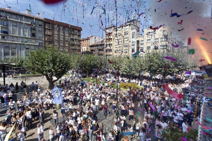 Erandio en fiestas; foto de la página web del Ayuntamiento.