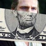 Liam Neeson ya NO es Abraham Lincoln