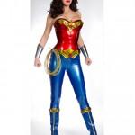 Adrianne Palicki ya viste de 'Wonder Woman'