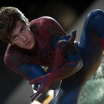 'Spiderman' se pone juguetón