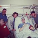 Bradley Cooper con las víctimas del Maratón de Boston