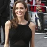 Angelina Jolie reaparece en público