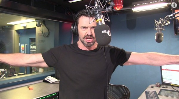 hugh-jackman-sings-a-song-about-wolverine-600x333