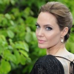 Angelina Jolie debutará como profesora