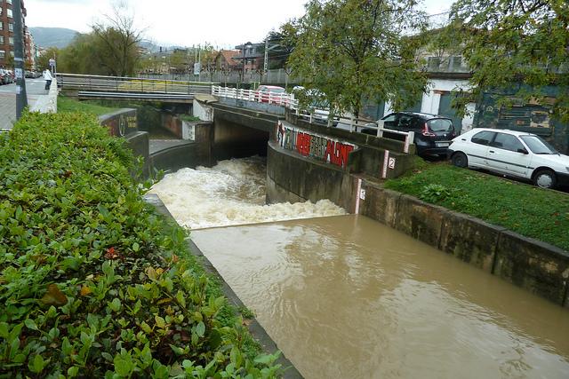 Desvío del río Gobela en Getxo, inundaciones 2011 FOTO: Mikel Otxoa