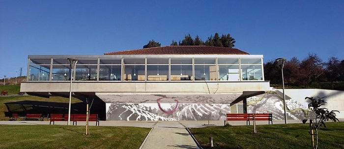 Fotomontaje del mural Huella