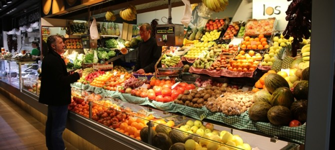"""De visita por los Mercados, el Km.0 """"Alameda"""" en Hondarribi y la última Feria """"Gabon Zar"""" en Elgoibar"""