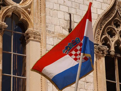 Jugoslaviako armadaren bonbardaketa izan zen 1991ean. Irudia: Juanma Gallego