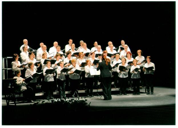 Atarrabia Abesbatza en una de sus actuaciones. Foto: Federación de Coros de Navarra