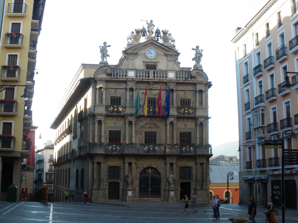 Ayuntamiento de Pamplona. Foto: Paco Moreno