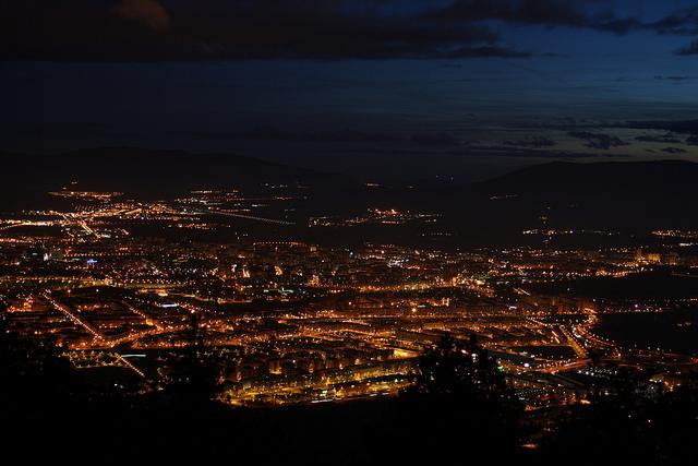 Pamplona al anochecer
