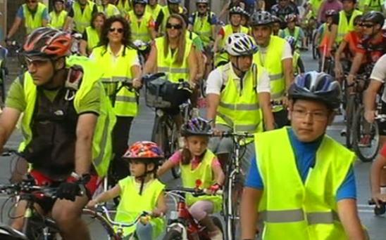 Marcha ciclista popular en Pamplona. Foto: eitbcom