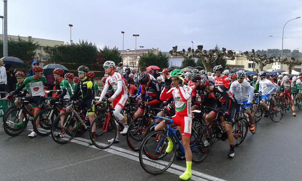 Salida del Trofeo de Caparroso. Foto: Infisport-Alavanet
