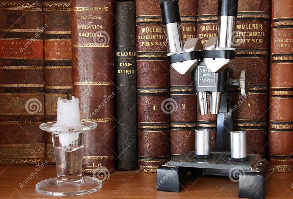 foto-microscopios-y-libros