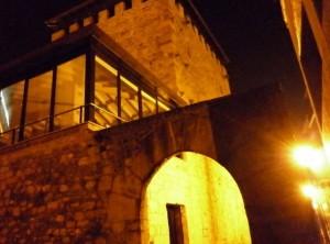 Vista nocturna de la Torre Salazar. Foto de Jesus Polo.