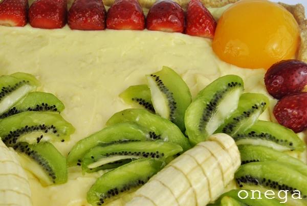 tarta isla con frutas frescas.JPG3