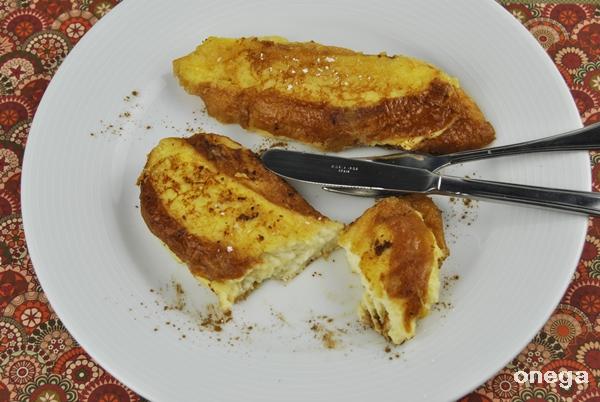 tostadas o torrijas rellenas de crema pastelera.3JPG