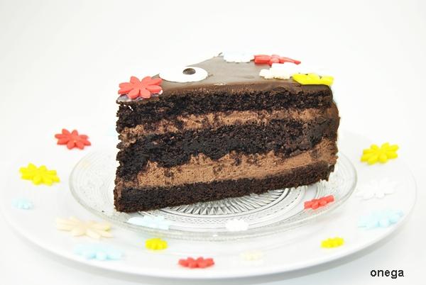 tarta-de-chocolate-con-flores-en-fondant.1JPG