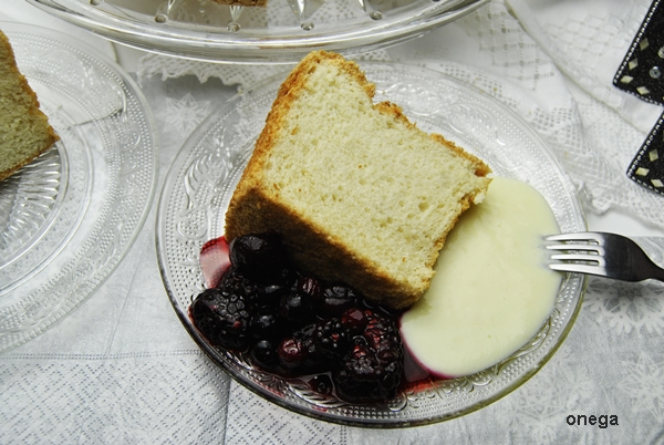 angel-food-cake.2JPG