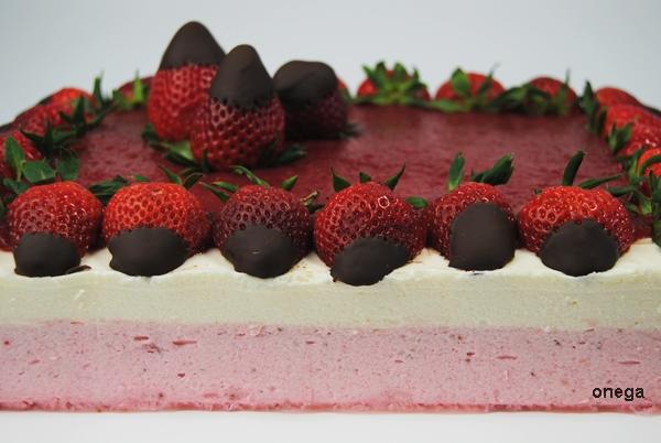 tarta-mousse-de-fresas-y-mousse-de-yogurt.4JPG