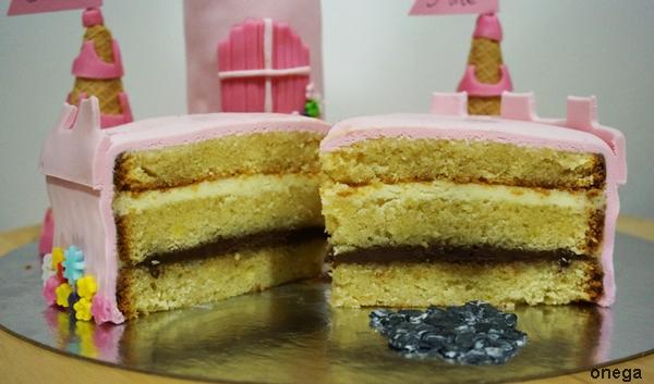 corte-tarta-castillo-de-princesas