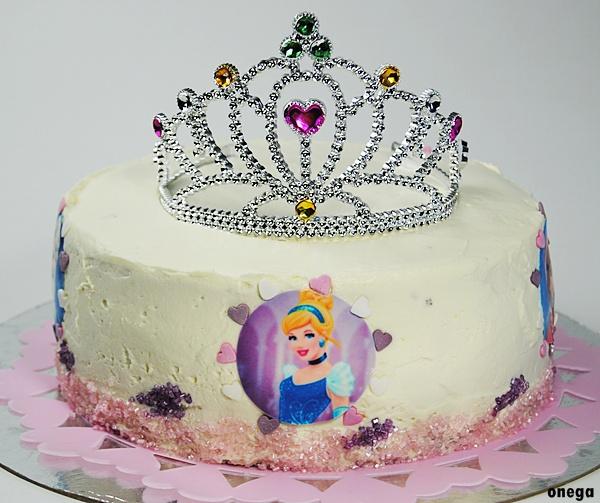 tarta-corona-de-princesa.4JPG