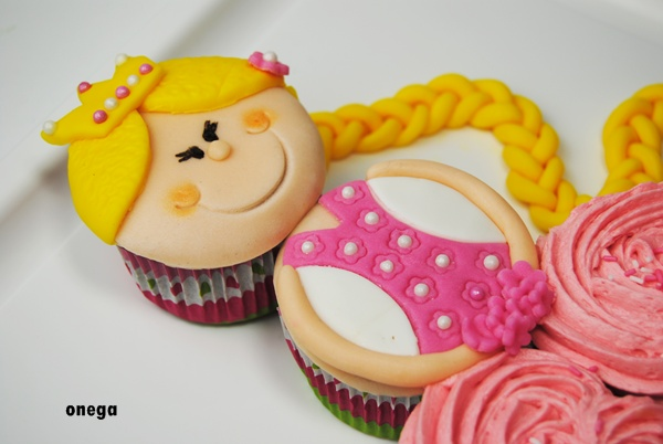 tarta-princesa-de-cupcakes4