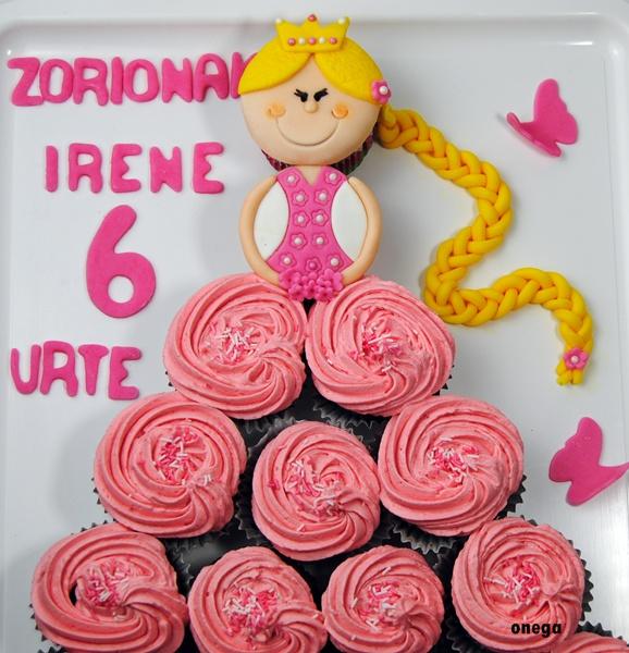 tarta-princesa-de-cupcakes5