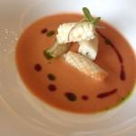 Gazpacho de cerezas con calamares