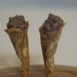 Canutillos de patata rellenos de gulash de cordero