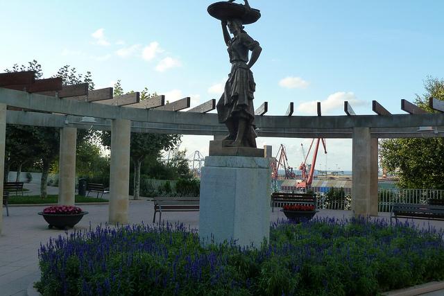 Monumento a la Sardinera. Foto: Mikel Otxoa