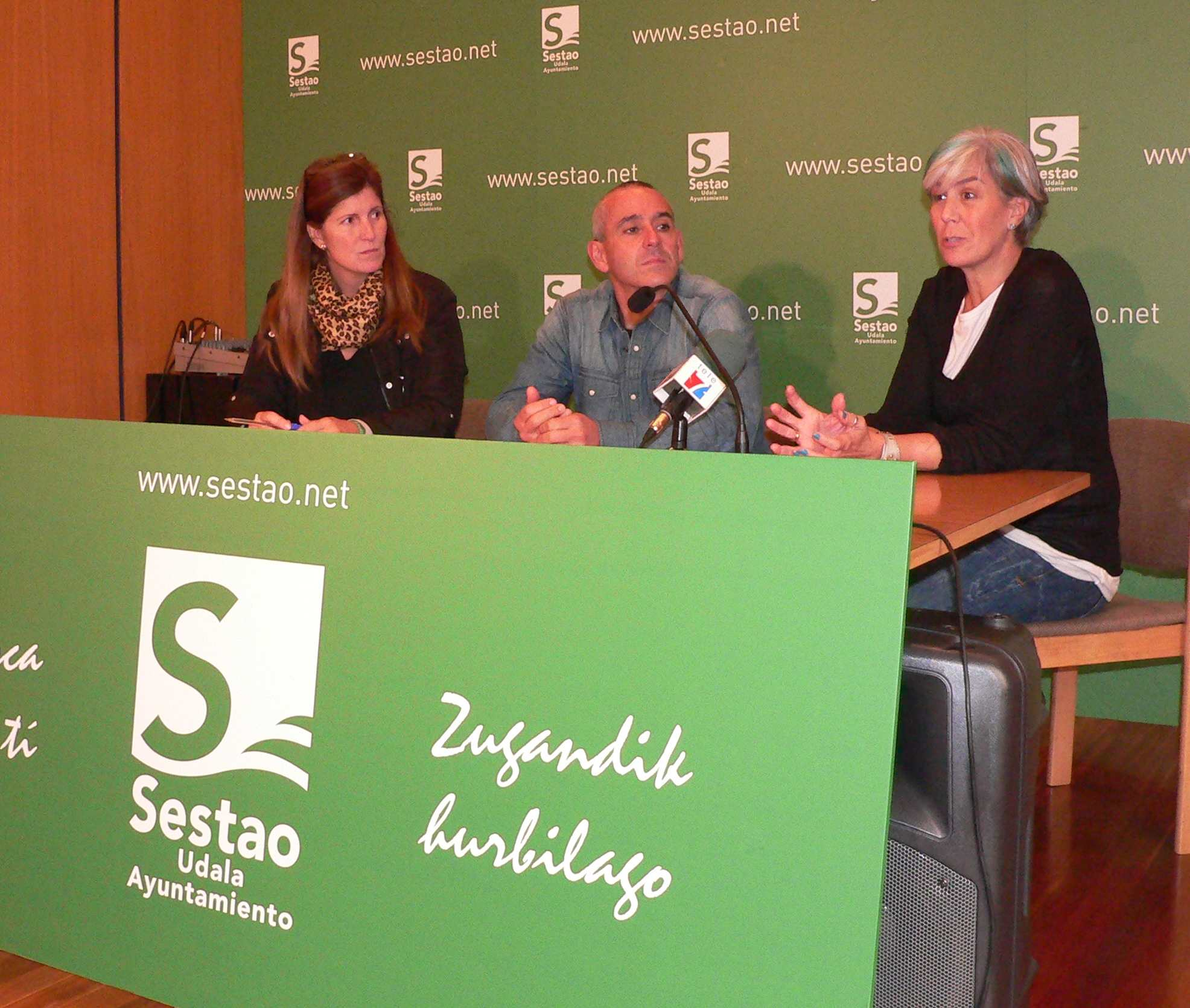 Presentación de la Escuela de Padres. Foto: Ayuntamiento de Sestao